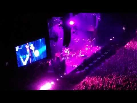 "Pearl Jam tocam ""Let it Go"""
