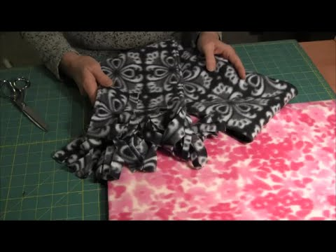 Fleece Scarf - How to make a fleece scarf with fringe