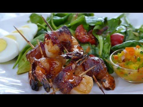 How to Make Honey Glazed Bacon-Wrapped Shrimp
