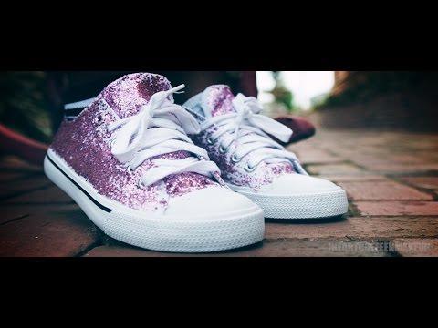 DIY | Glitter Sneakers!!