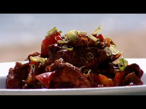 How to make brown stew chicken: Part 2 - Rhodes Across The Caribbean - BBC Food