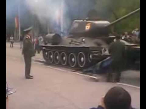 Xxx Mp4 How NOT To Load A Russian T34 Tank On A Transporter Trailer TANK CRASH 3gp Sex