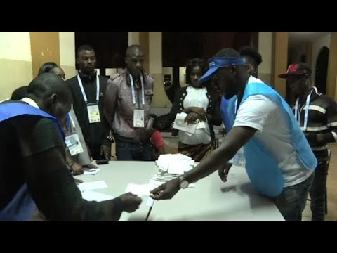 Angola vote counting begins