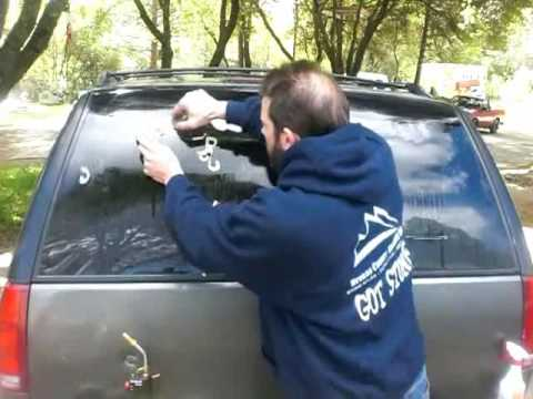 How To Remove Vinyl Off Any Glass Surface.wmv