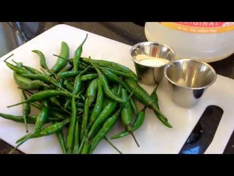 Thai Green Chili Sauce (los chilis de arbol) | One Minute Recipes