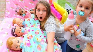Kids Pretend Play with Baby Dolls feeding and night time routine video