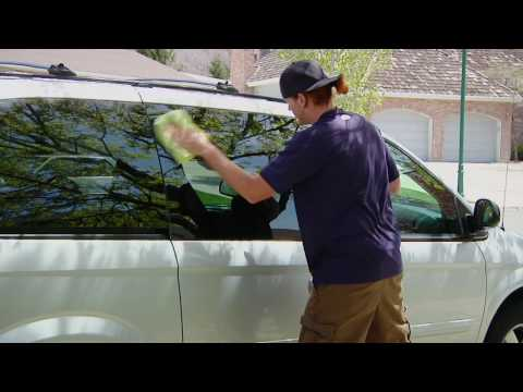 Auto Detailing : How to Get Rid of Water Spots on Car Windows