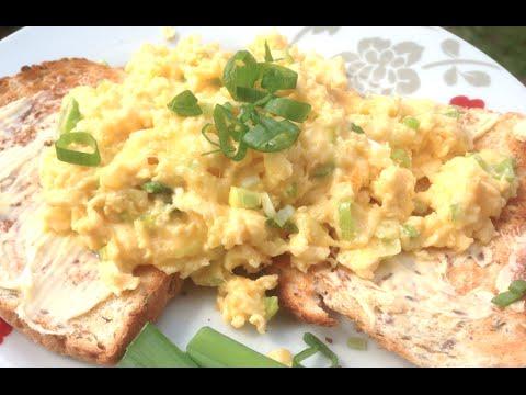 How To Make Cheesy Scrambled Eggs Greg S Kitchen