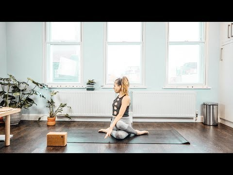 Y41 - Yoga to reduce bloating and improve digestion / Yoga Poses for a flat stomach / Silke Dewulf
