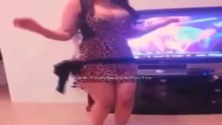 رقص بنة علي الواي واي