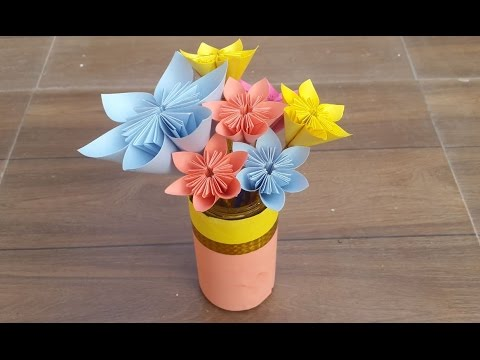 How to make beautiful paper flowers and a flower vase - paper flowers for beginners.
