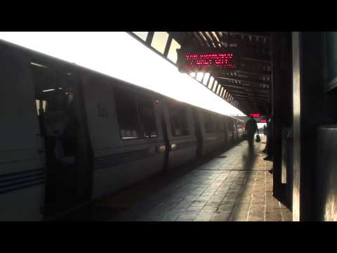 San Francisco/Daly City Train Arriving at Coliseum/Oakland Airport BART (HD)