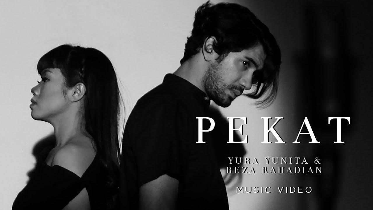 Download Yura Yunita & Reza Rahadian - Pekat MP3 Gratis