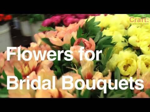 Choosing Flowers for a Wedding Bouquet