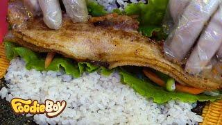 Download Pork Belly Kimbap / Korean Street Food / Nambu Night Market, Jeonju Korea Video