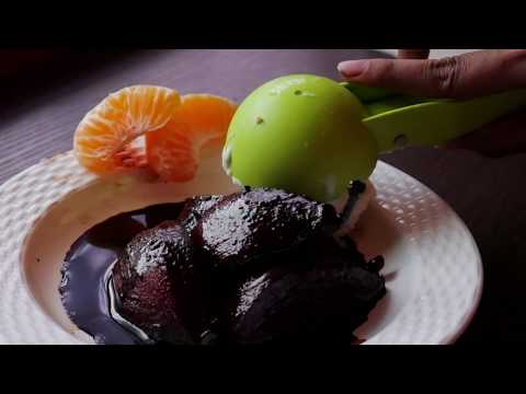 Easy Desserts || Wine Recipes : Poached Pears In Red Wine