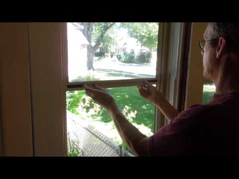 Remove screen and glass from Larson gold series storm window