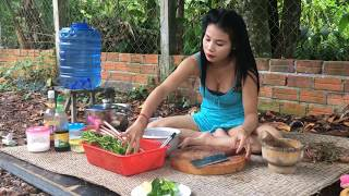 cambodian girl cooking