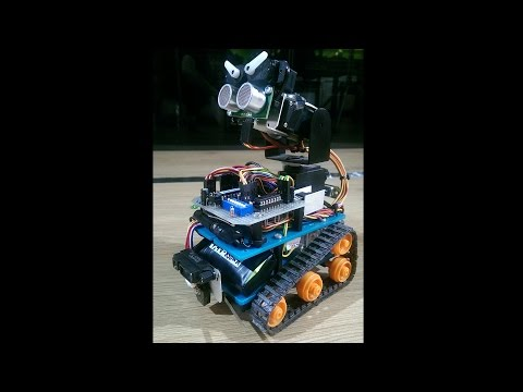 Autonomous mini tank robot with PICAXE (Wall-E imitation)