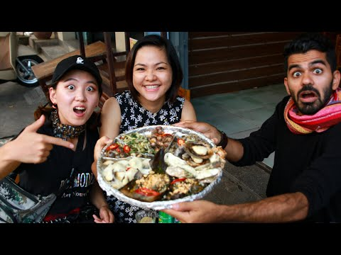 SEAFOOD TOUR in Da Nang with Joe Hattab and Sophie Kim - GIANT SNAILS + FROGS