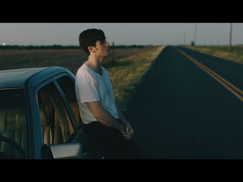 Lauv - Paris in the Rain [Official Video]