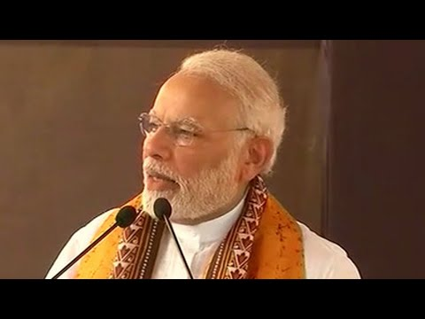 PM Modi lauds Rabindranath Tagore, calls him 'global icon' | OneIndia News