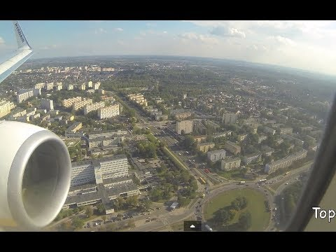 Landing in Poland Ryanair Lądowanie w Łodzi  Polska Latanie