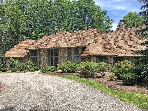 Premier Home With 74 Acres - Hiram, Ohio