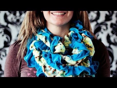 How to make a Fleece Scarf: The Saturday Morning Scarf