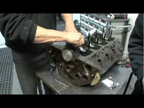 Holden V8 Rear Main Seal Installation.mp4