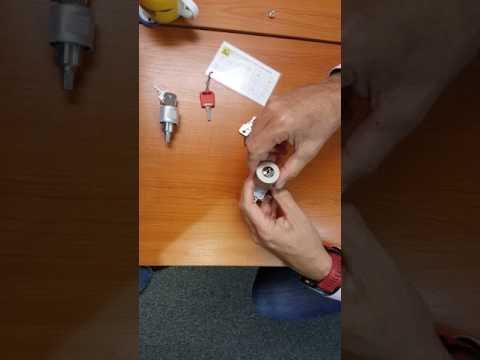 Office Furniture Locking Handle - Fitting Instructions