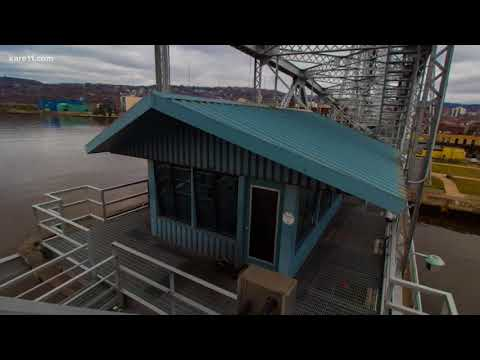 Ellery's Photo Stop heads to the Duluth Aerial Lift Bridge