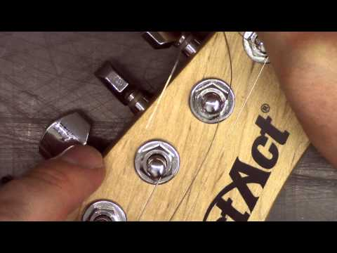 How to attach a guitar string to a peg