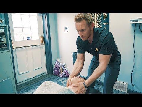 LOUD NECK ADJUSTMENT - Chiropractic Care Helped Runner!