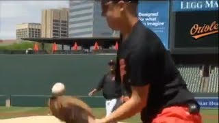 One-Armed Catcher Works Out with the Orioles
