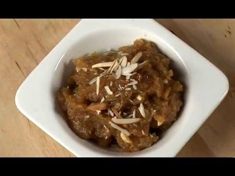 Besan ka Halwa (Indian Dessert Recipe)