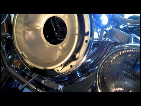 Adjust or Tighten Harley Road King motorcycle Handlebar