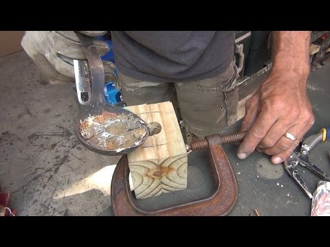 How To Make Surf Weights from a Wooden Mold, 2/6