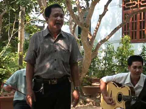 Traditional Vietnamese Music 2.avi