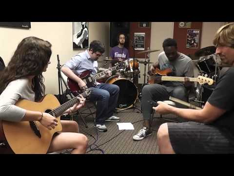 Derek's Guitar Room - Paul Simon Cover - 50 Ways To Leave Your Lover