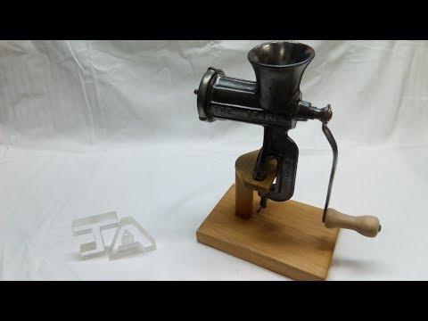 JA-Αναπαλαιωση παλιας μηχανης κιμα-Restoration Of An Old Meat Grinder.