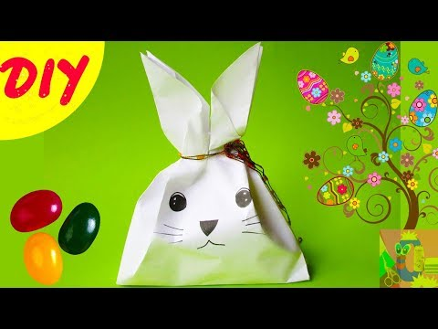DIY Easter bunny treat bag tutorial. Mini rabbit paper gift sweet package. Easter crafts idea