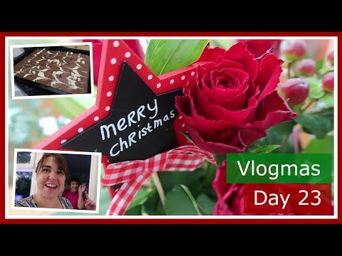 Vlogmas 2017 Day 23 | Family time, baking and wrapping Christmas presents | The British Life