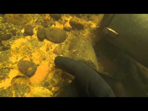 UNDERWATER GOLD DREDGING IN HD LIVE NUGGET FINDS! 7-1 2015 Dredging Season