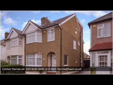 Semi-Detached House for sale in Edgware, with 4 Bedrooms