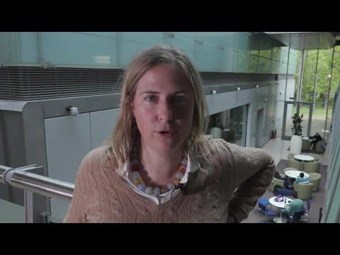 Sarah Teichmann : How to build a human