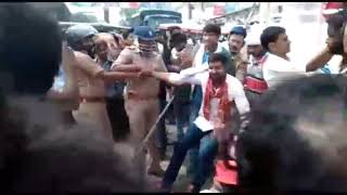 बीएचयू जा रहे सपा कार्यकर्ता लंका पर गिरफ्तार