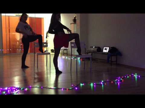 Be JUICY and `Be Italian` by Fergie - Flirt/chair dance v Juicy Berry