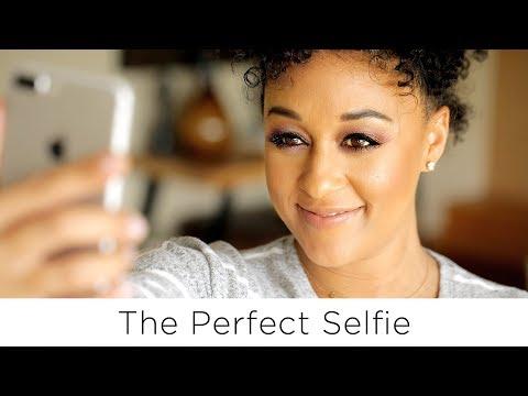 Tia Mowry's Top 5 Best Selfie Tips | Quick Fix
