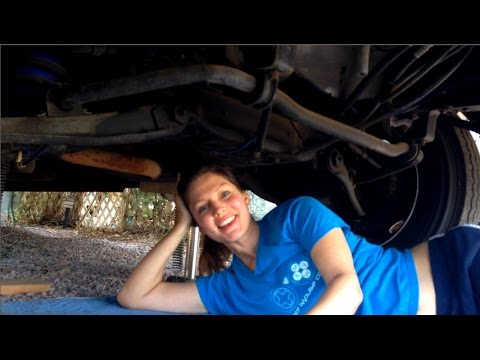RV Living: Changing Your Engine Oil